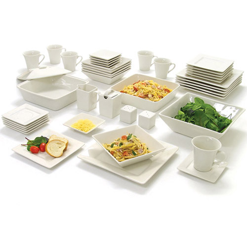 10 Strawberry Street Nova Square Banquet 45-Piece Dinnerware Set - Reviews of 10 Most Popular Luggage Sets and Bags - Travel in Style