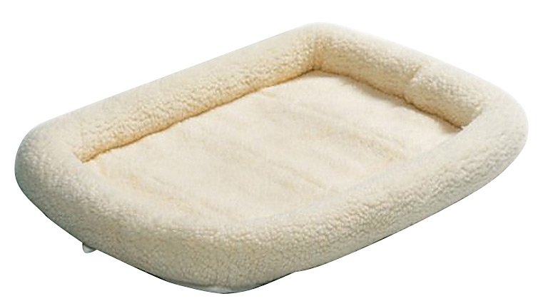 Review of Midwest Quiet Time Pet Bed, Fleece